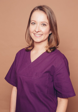Dental prophylaxis - dental technician Pamela Himmel - professional teeth cleaning: prophylaxis and preventive dentistry through tartar removal, ultrasound, airflow and polishing in Frankfurt Höchst